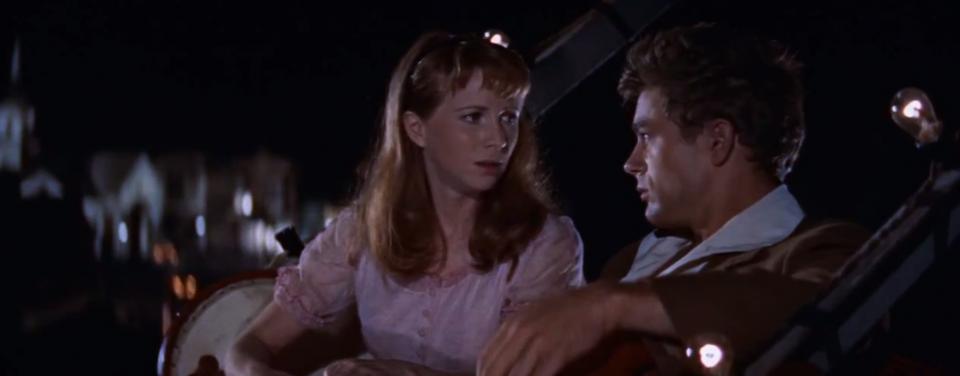 Cal e Abra nella celebre scena della ruota panoramica