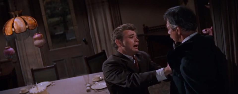 Cal e suo padre nella scena più celebre del film